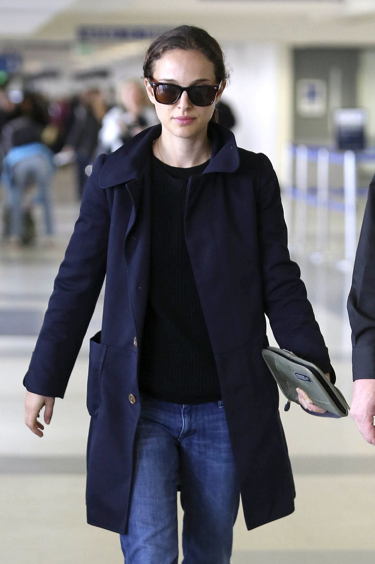 Natalie Portman Street Style - at LAX Airport - November 2013