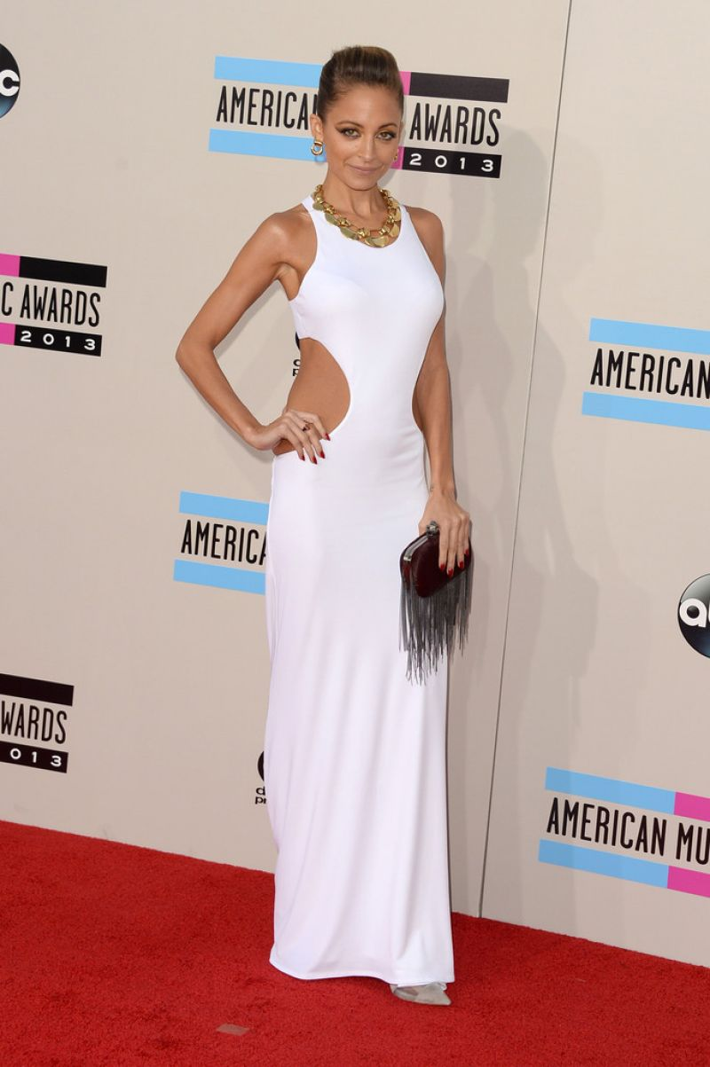 Nicole Richie on Red Carpet - 2013 American Music Awards