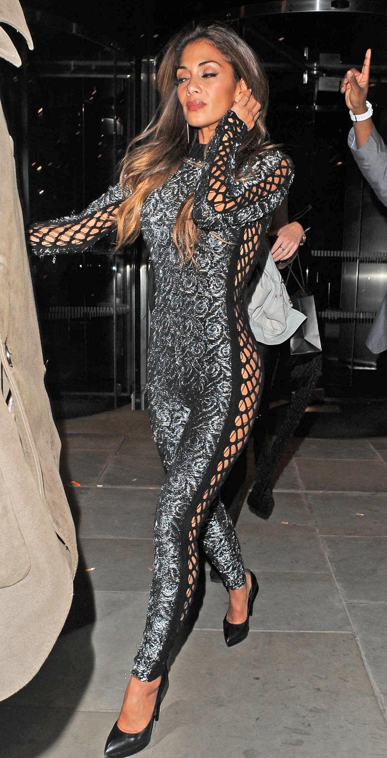 Nicole Scherzinger Shows Off Hot Body - Attending Sushi -6263