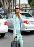 Olivia Wilde Style - Arrives at a Community Service Center in Los Angeles