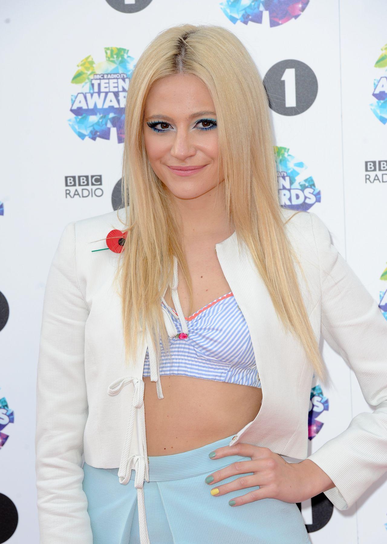 Pixie Lott on Red Carpet - BBC Radio 1 Teen Awards in London