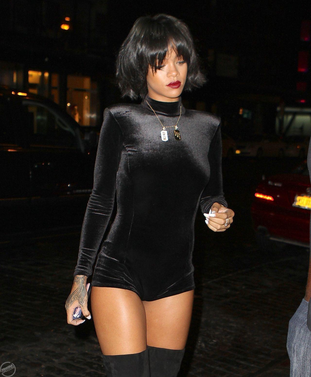 Rihanna Street Style Wearing A Short Jumpsuit In New