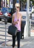 Rosie Huntington-Whiteley Gym Style - Arriving at the Gym in Los Angeles