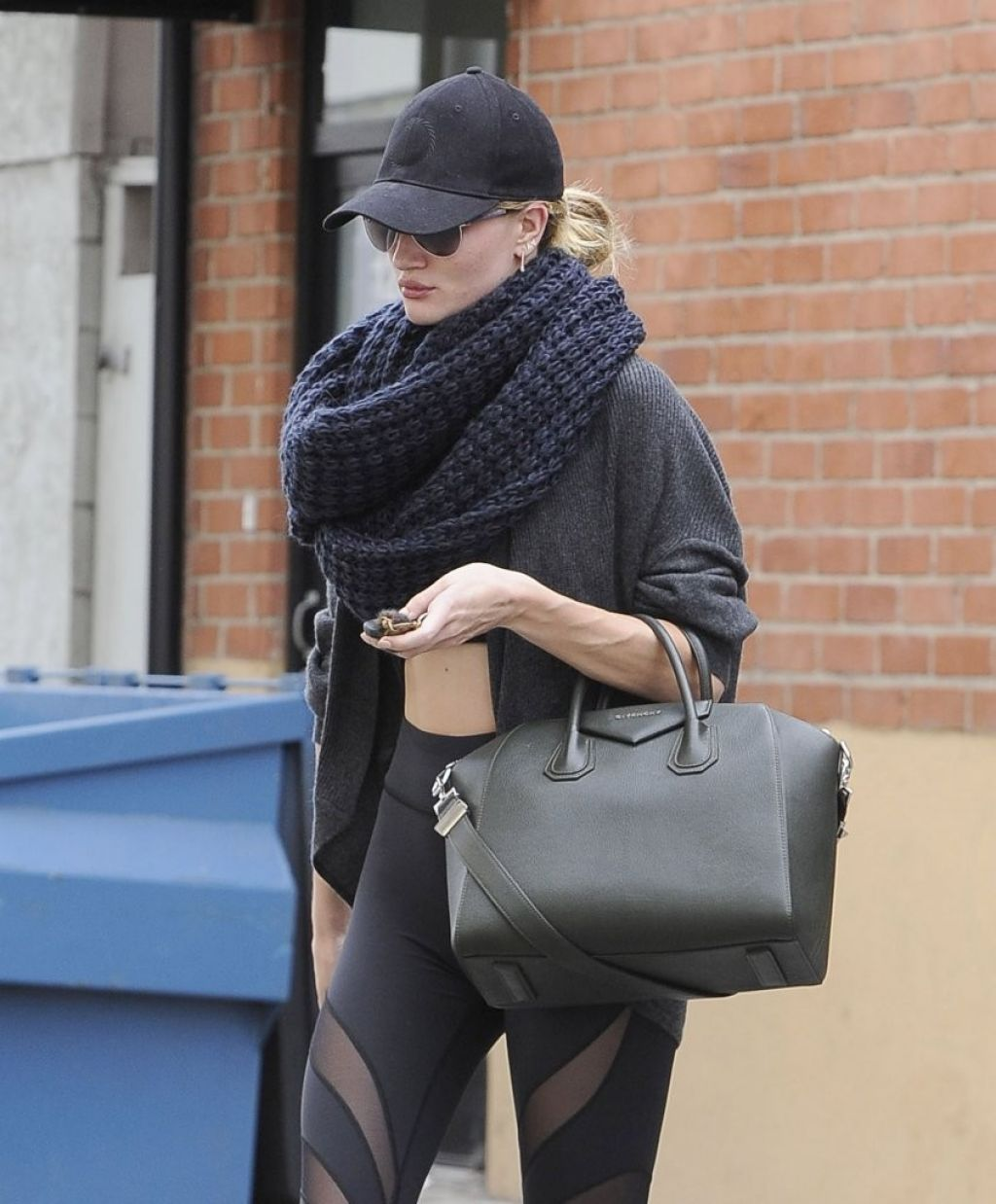 Rosie Huntington-Whiteley Gym Style - Leaving the Gym in Studio City - November 2013