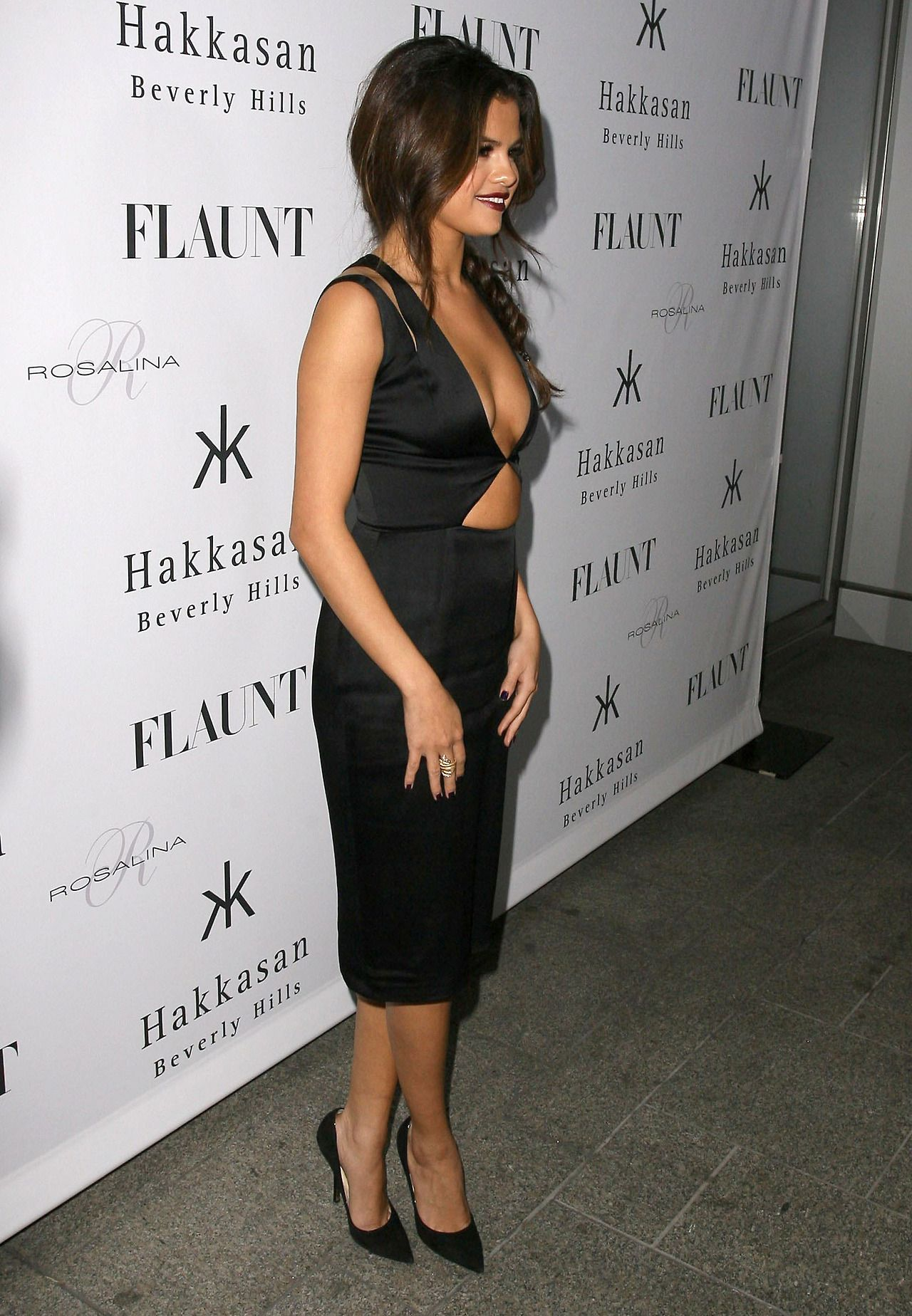 Gomez on Red Carpet - FLAUNT Magazine Release Party
