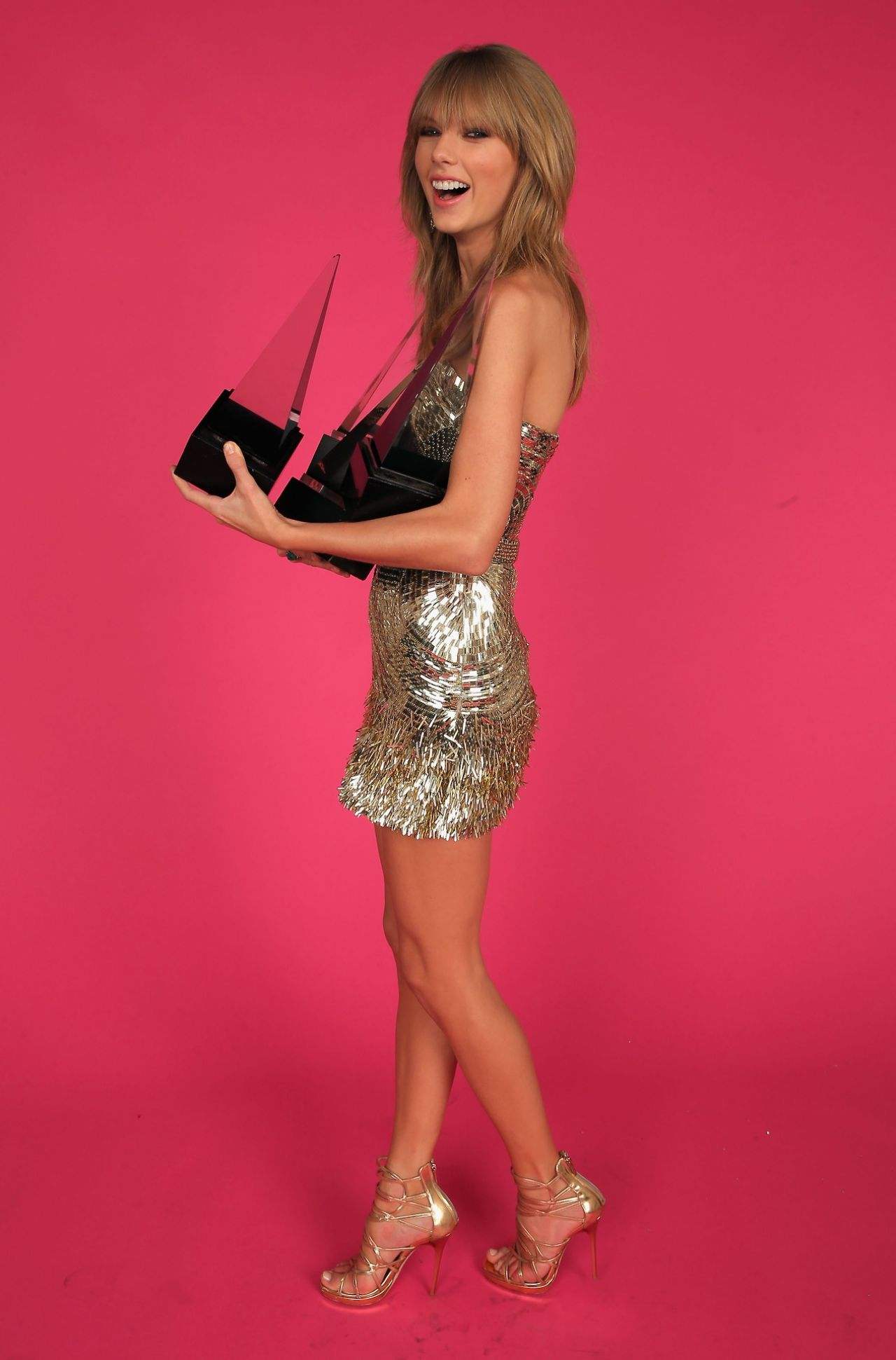 Taylor Swift Photoshoot 2013 American Music Awards Portraits