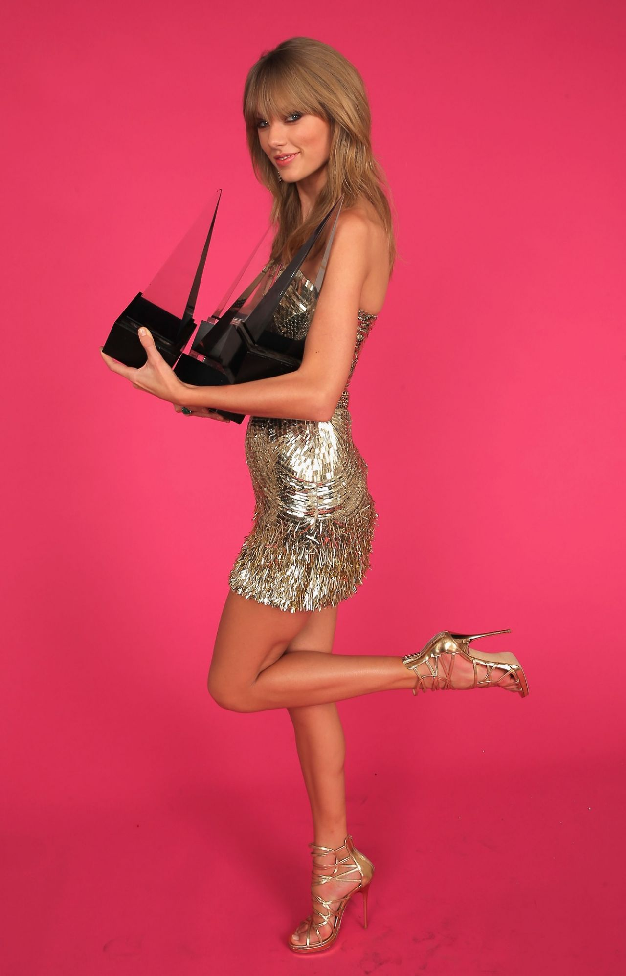 Taylor Swift Photoshoot 2013 American Music Awards Portraits