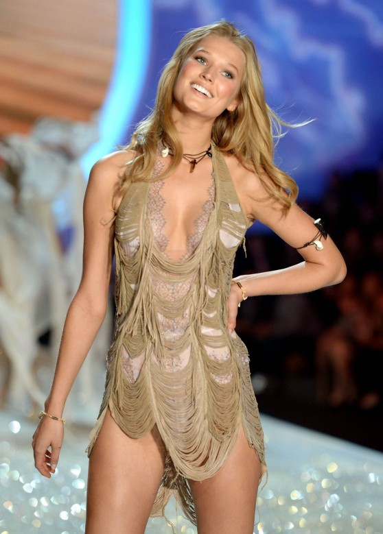 toni-garrn-runaway-pics-victoria-s-secret-fashion-show-new-york-city-november-2013_6