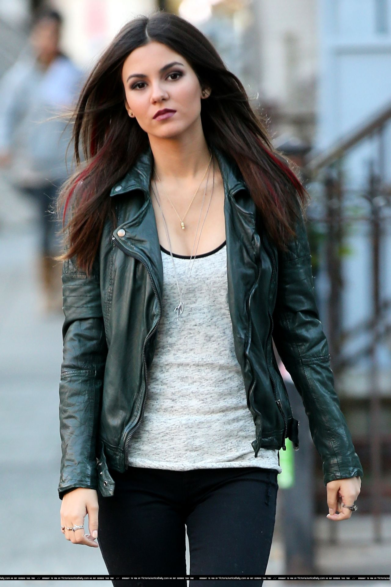 Victoria Justice Filming Eye Candy Pilot In New York City