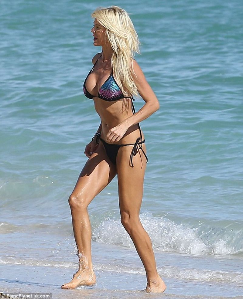 Victoria Silvstedt in a Bikini - Miami Florida - November 2013