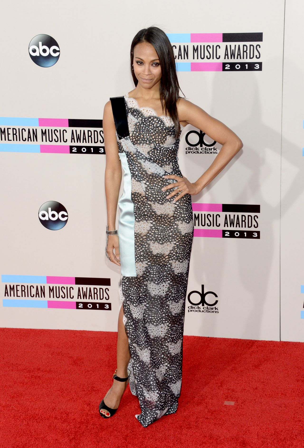 Zoe Saldana S Red Carpet Style 2013 American Music