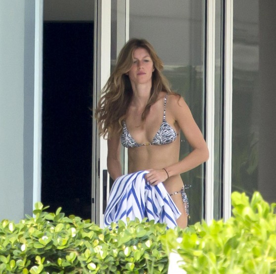 Gisele Bundchen in a Bikini -  Beach in Miami - December 2013