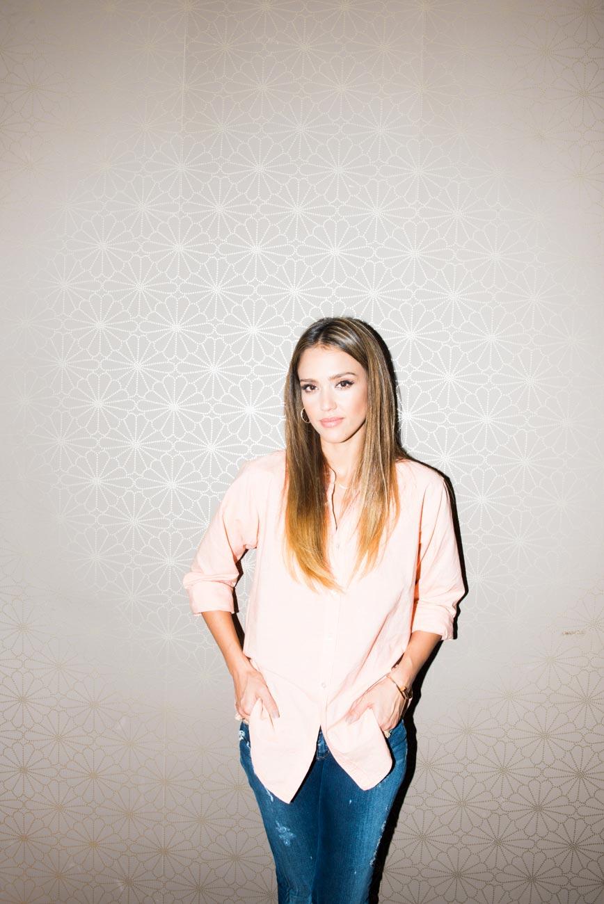 Jessica Alba - Photosh...