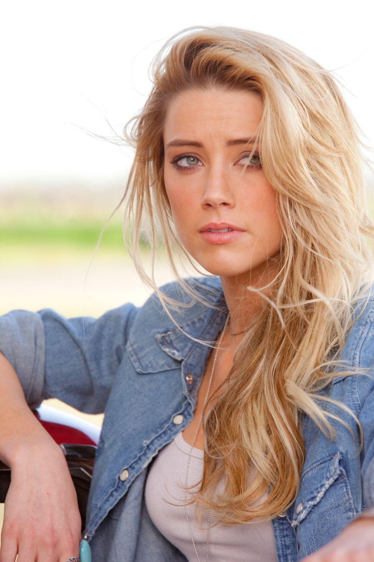 Amber Heard - Drive Angry Movie Photos-2139