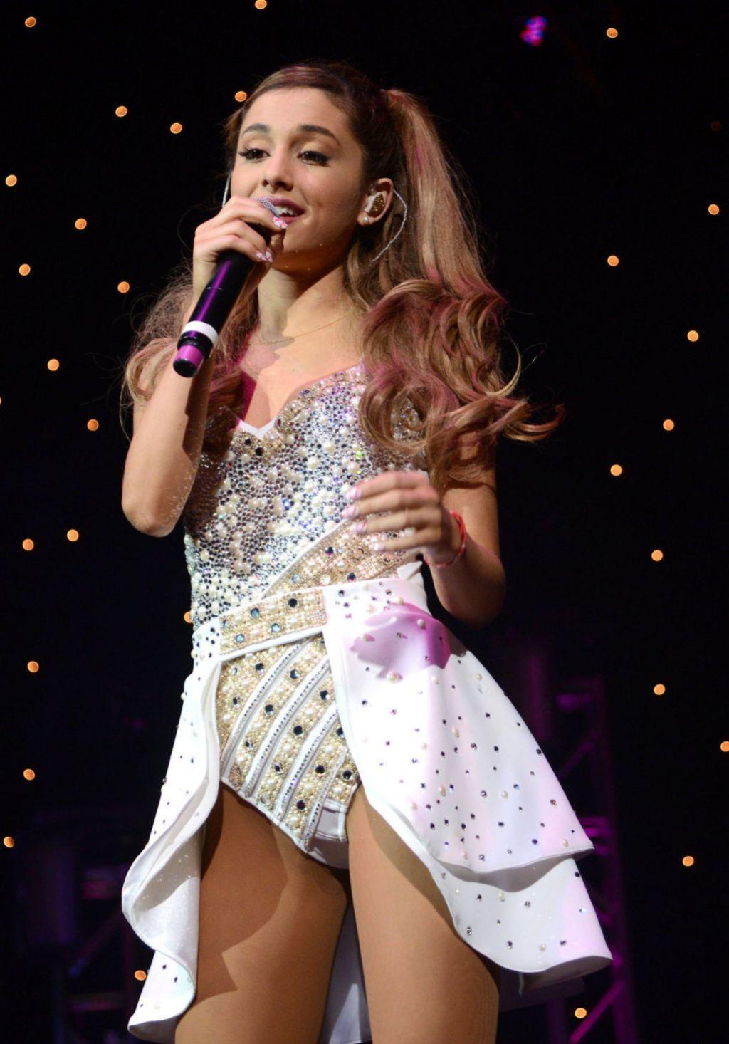 Ariana Grande Performing  at Wild Jam in San Jose - December 2013