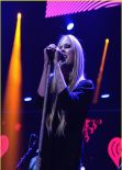 Avril Lavigne Performs on Q102