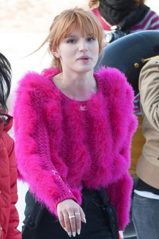 Bella Thorne - Big Bear Lake