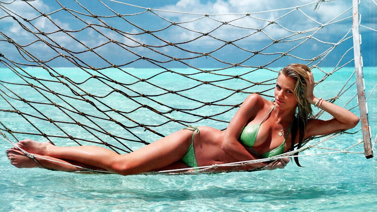 Brooklyn Decker Bikini Wallpapers (+4)
