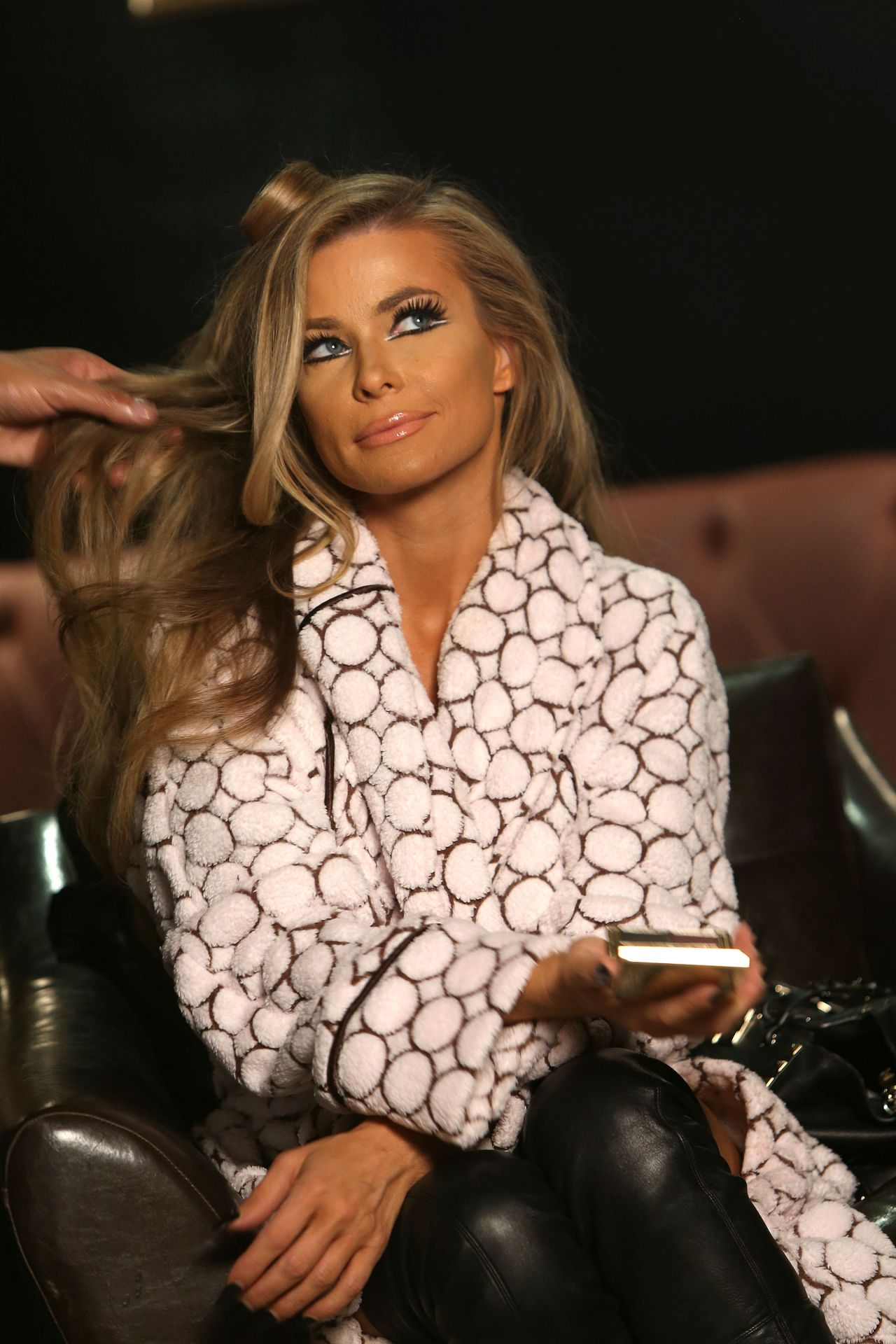 carmen electra photoshoot for 2014 calendar at bootsy