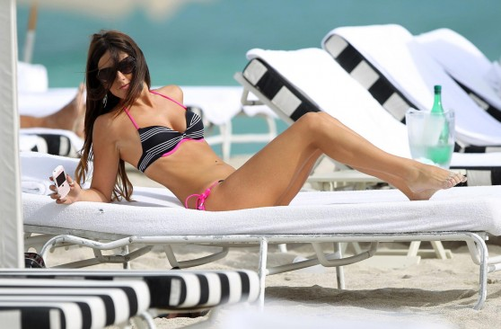 Claudia Romani Wallpaper