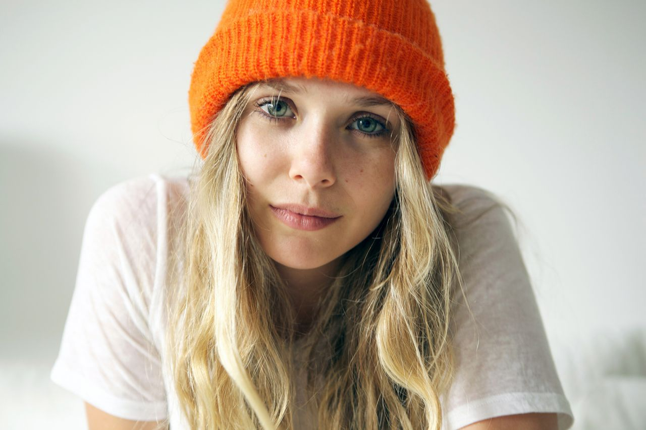 Elizabeth Olsen - Frances Tulk-Hart Photoshoot for 5 Minutes With Franny - December 2013