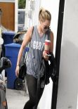 Hilary Duff Street Style - Arriving at the Gym in Los Angeles - December 2013
