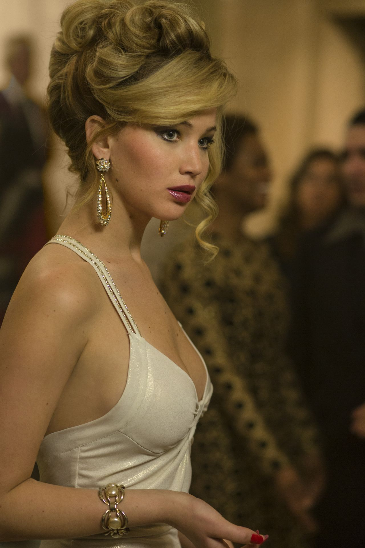 Jennifer Lawrence AMERICAN HUSTLE Movie Photos