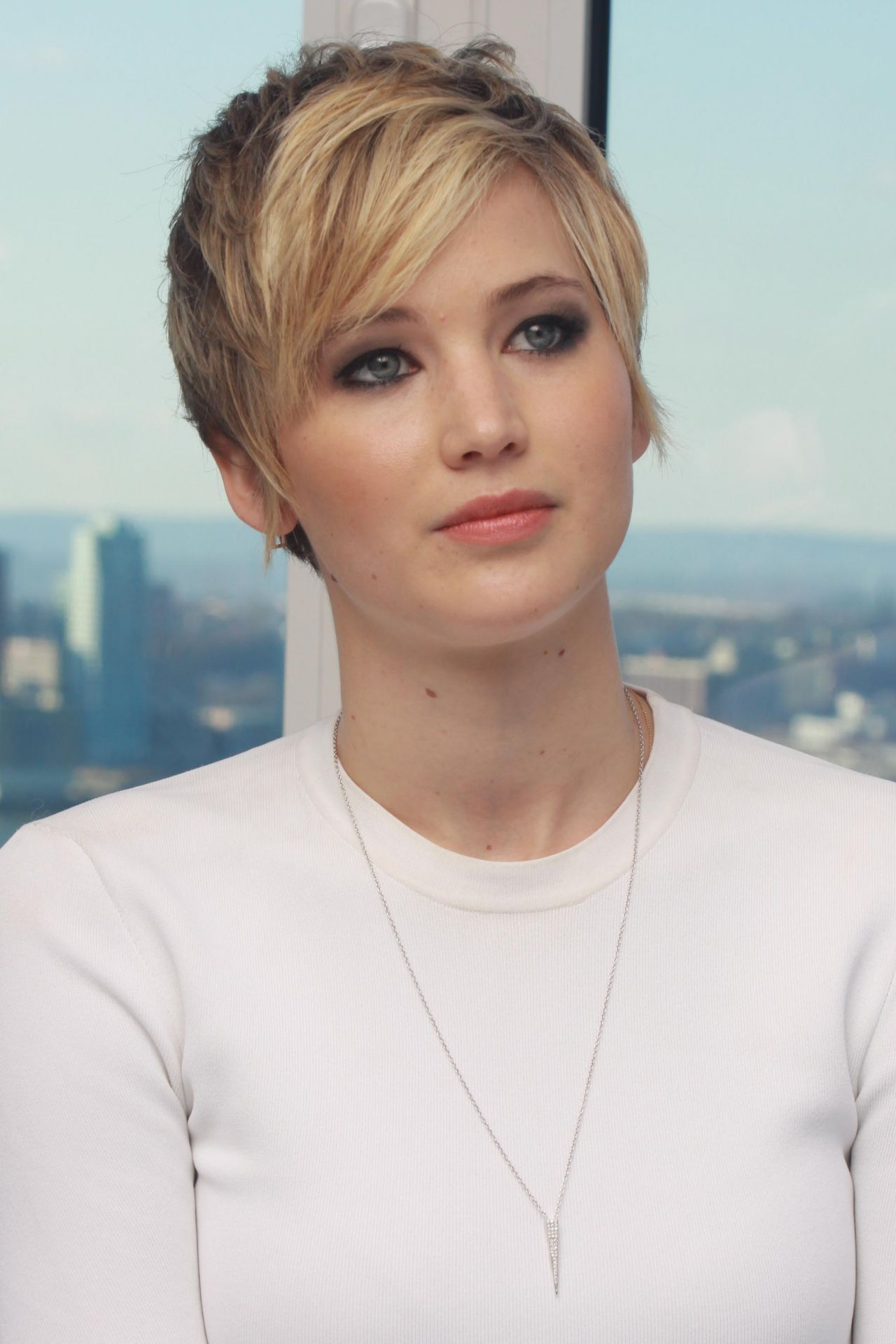 Jennifer Lawrence at AMERICAN HUSTLE Press Conference in New York, December 2013