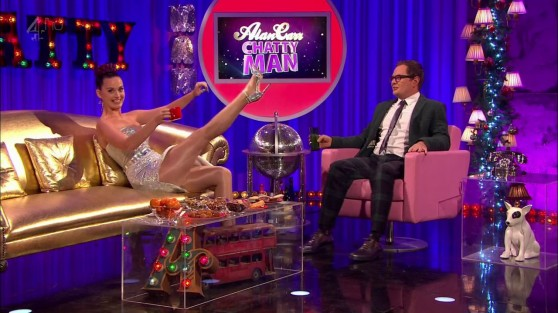 katy-perry-shows-legs-on-the-alan-carr-chatty-man-show-december-2013_5