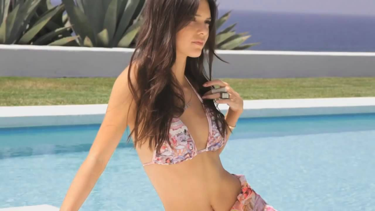 "14a77d3b65 Kendall Jenner – ""Agua Bendita 2014 Collection Photoshoot"" – Behind the  scenes"