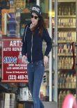 Kristen Stewart Street Style - in Jeans at a Gas Station in Los Feliz, California - December 2013
