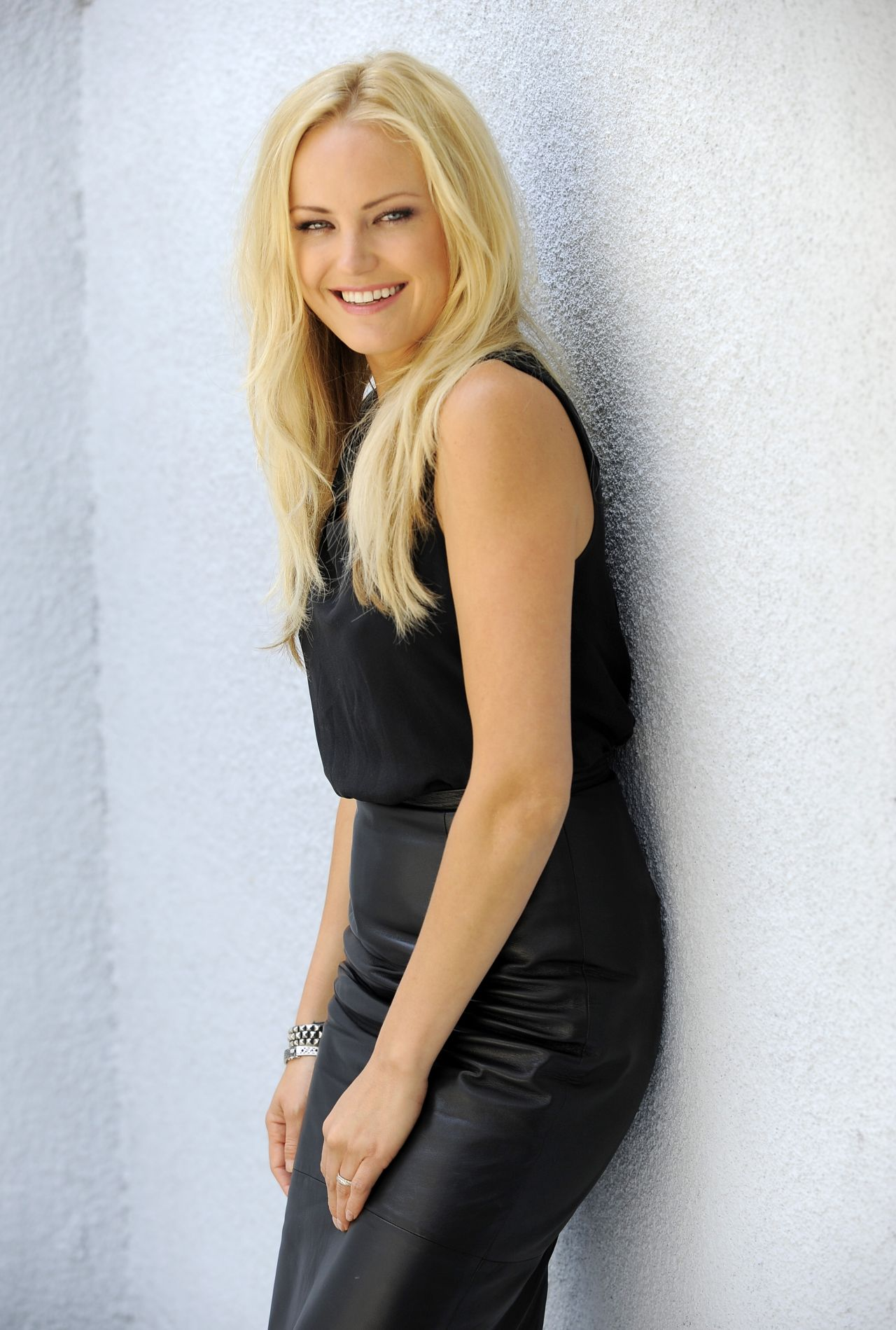 Malin Akerman Photoshoot By Chris Pizzello - Portraits -4713