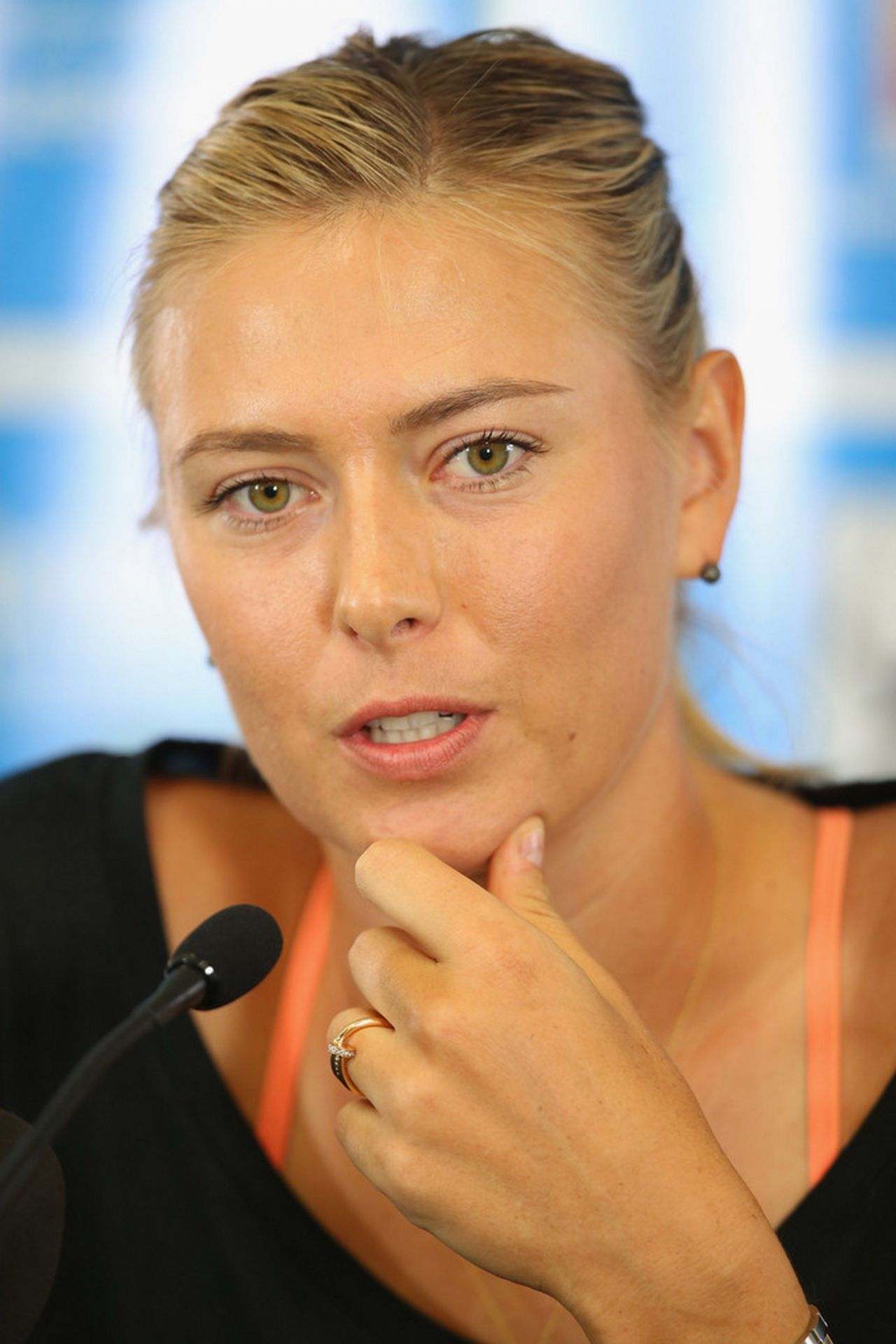 Maria Sharapova - 2014 Brisbane International Press Conference, December 2013