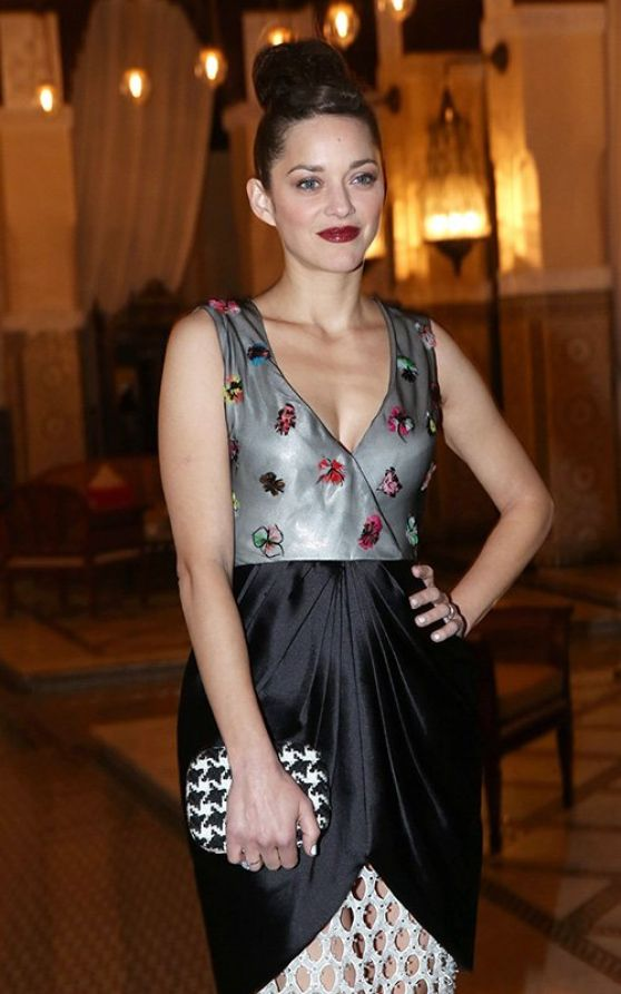 Marion Cotillard Attends Christian Dior Dinner in Marrakech - Morocco December 2013