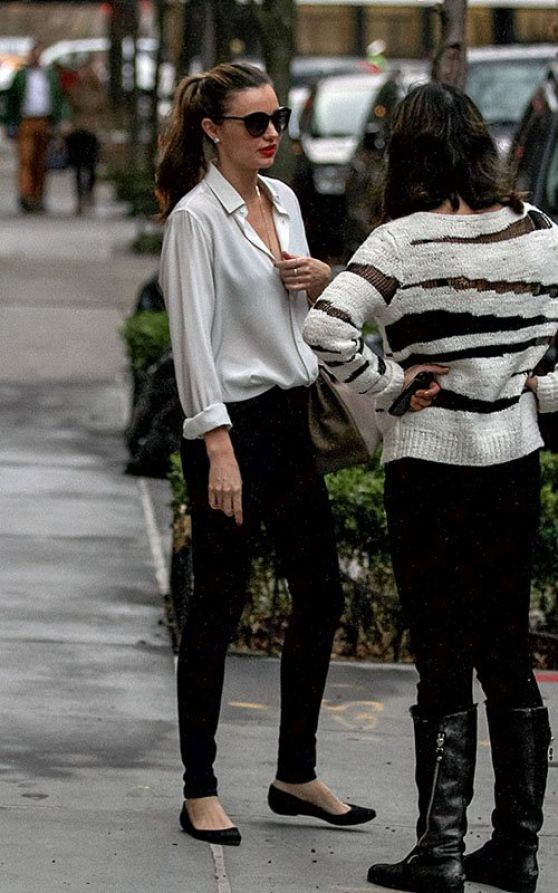 Miranda Kerr Street Style Out In New York City December 2013