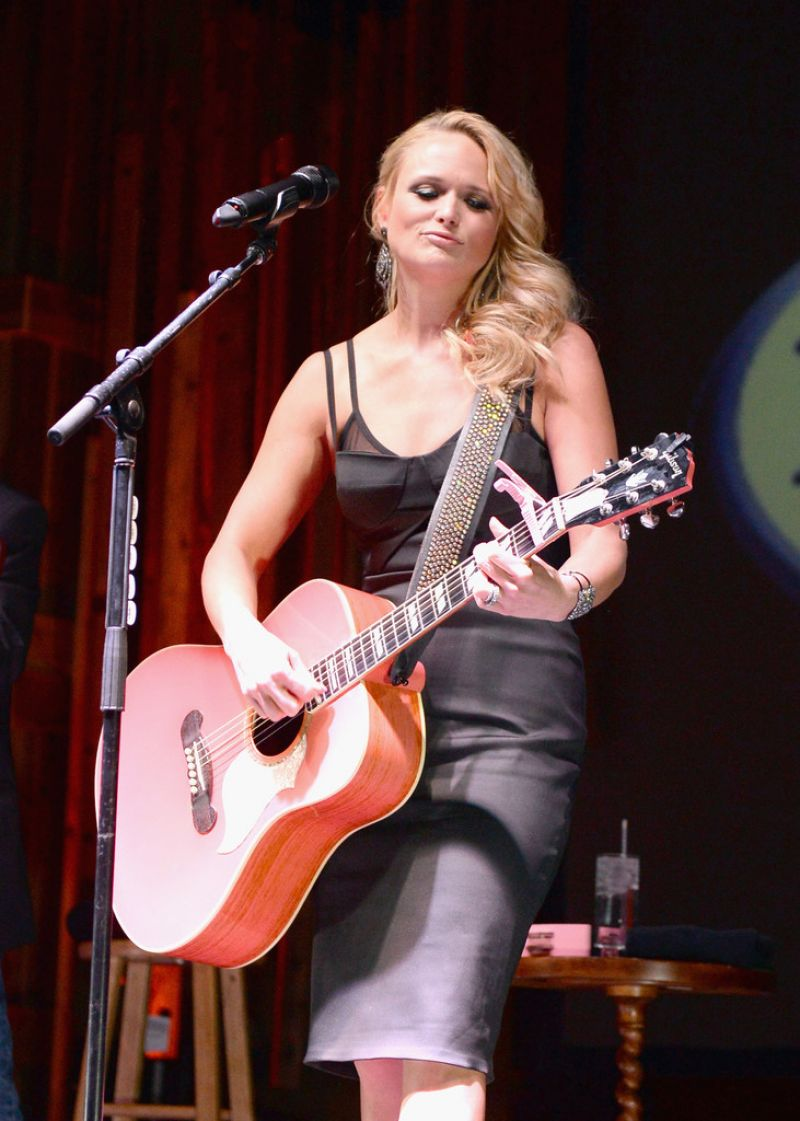 Miranda Lambert - Deer Valley Celebrity Skifest in Park City - December 2013