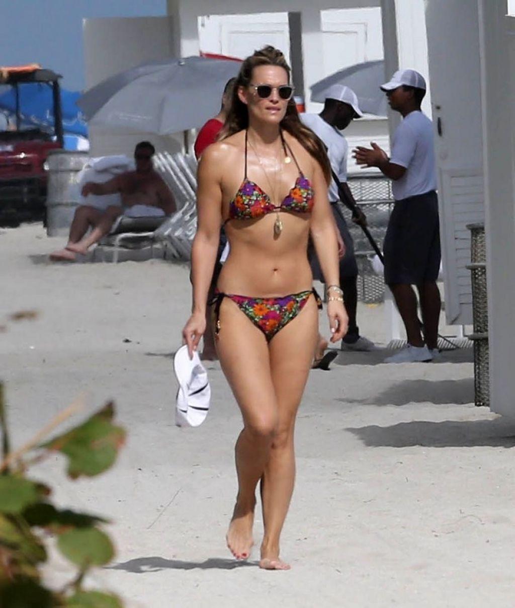 Molly Sims In A Bikini Miami December 23rd 2013