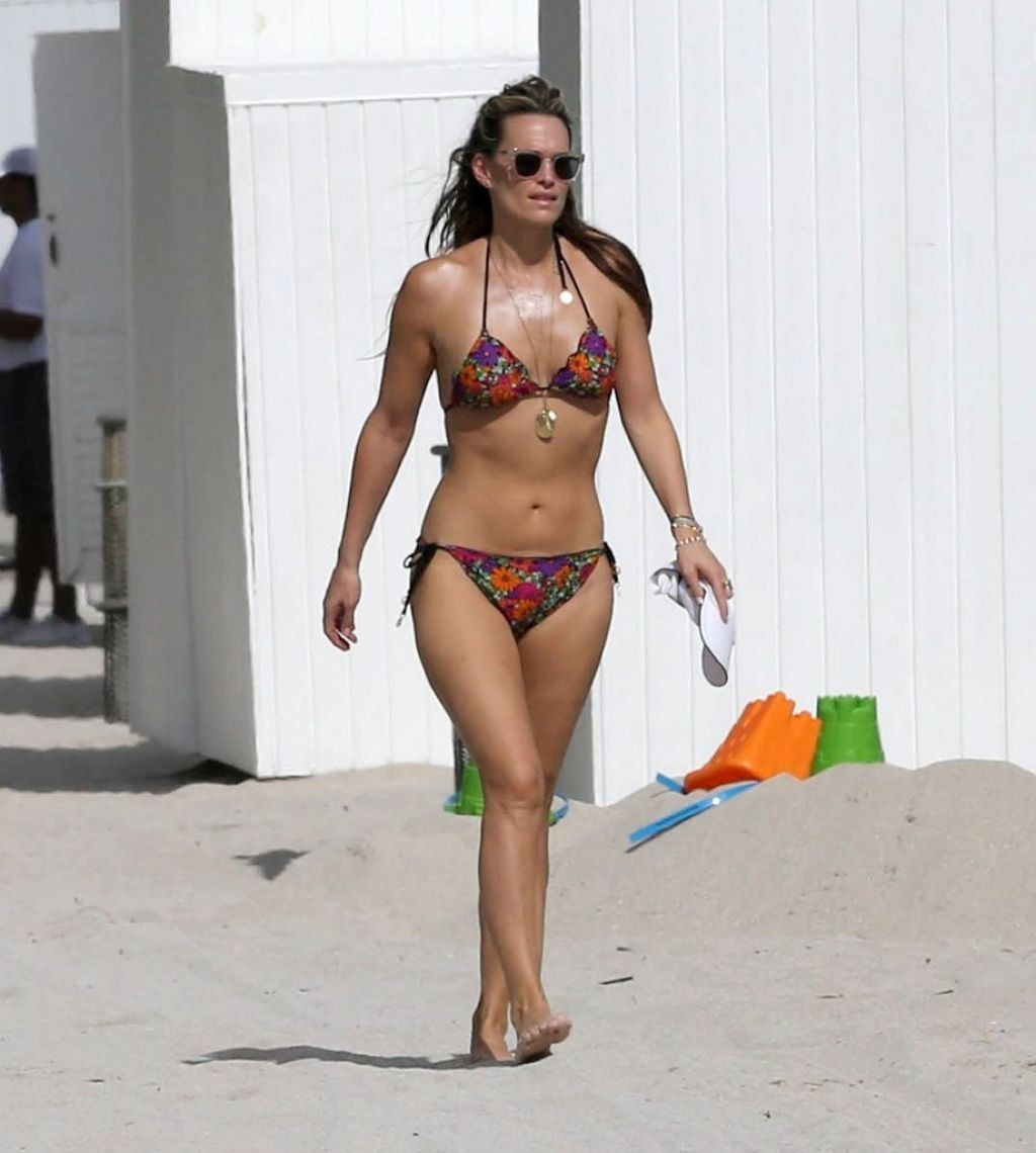 Molly sims and bikini