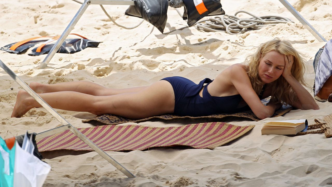 Maggie Grace Shorts Venice Beach July 2014 157633 in addition F Bahcede Forvet Icin 5 Aday SXHBQ366673SXQ together with 6 Seethrough Outfits At Oscars 13479 2 additionally Naomi Watts Wallpapers 3 26419 besides Wiz Khalifa Xxl Amber Rose Pregnant Natural Birth. on oscar chelsea wallpaper 2014