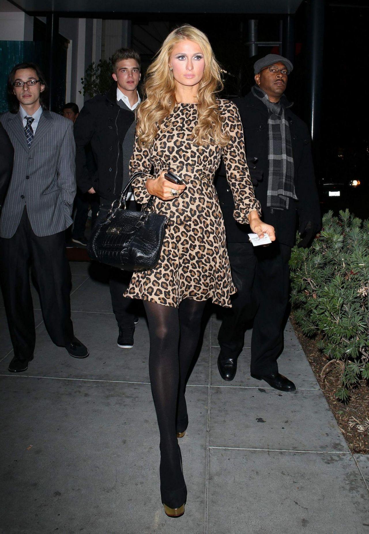Paris Hilton At Mastros Restaurant In Beverly Hills - December 2013