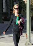 Reese Witherspoon Gym Style - in Tights at a Gym in Brentwood - December 2013