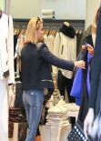 Reese Witherspoon Street Style - Shopping  in Beverly Hills - December 2013
