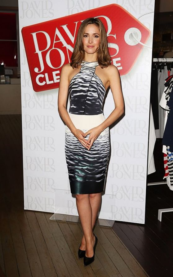 Rose Byrne at David Jones Store Boxing Day sale opening in Sydney - December 2013
