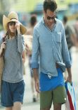 Rose Byrne - Strolling Along the Beach at Bondi in Sydney - December 26, 2013