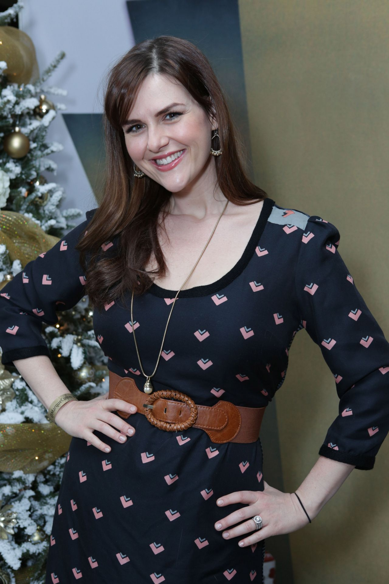 Sara Rue Attends 3rd Annual Santa