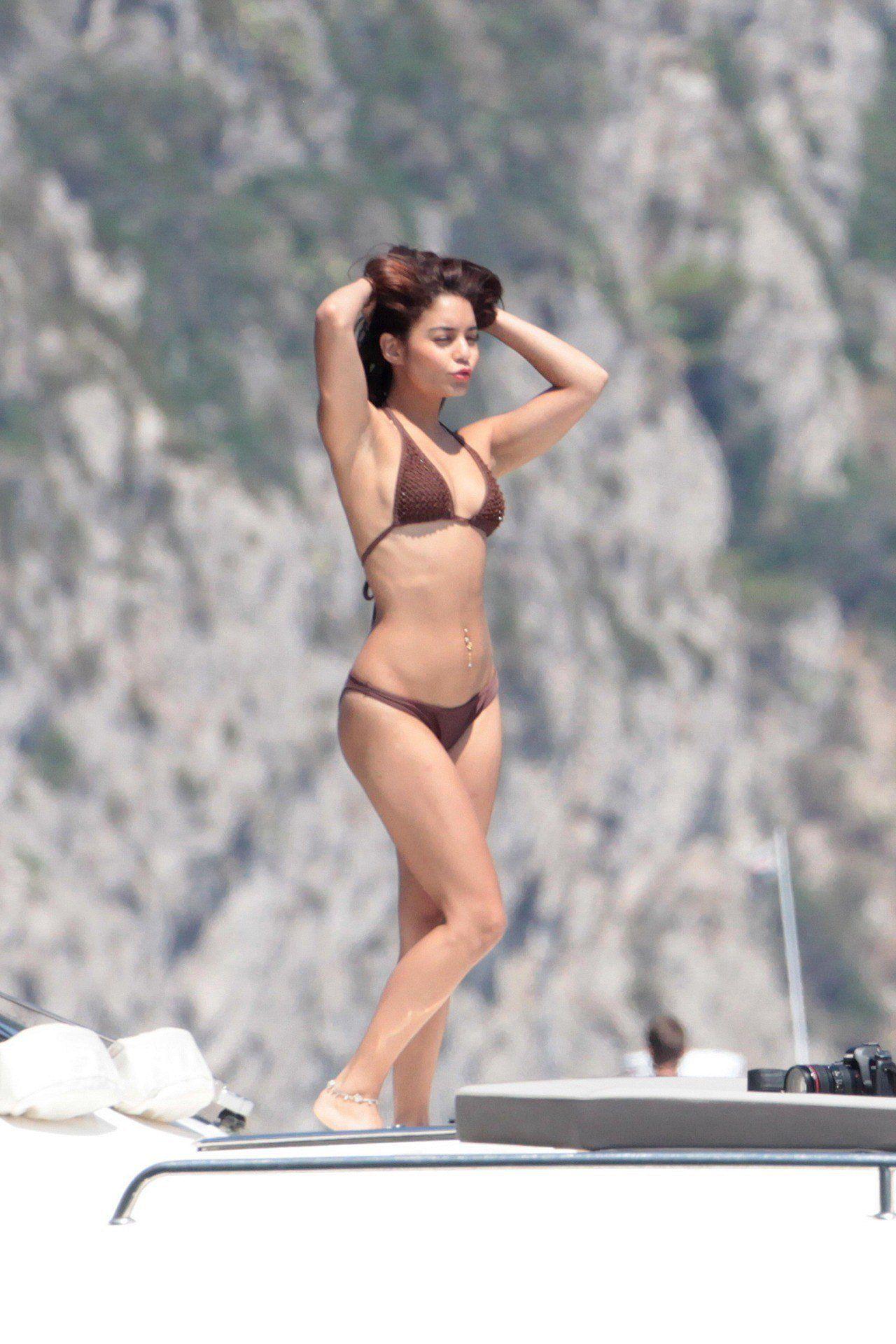 Vanessa Hudgens In A Bikini On A Boat In Ischia 20 Hi