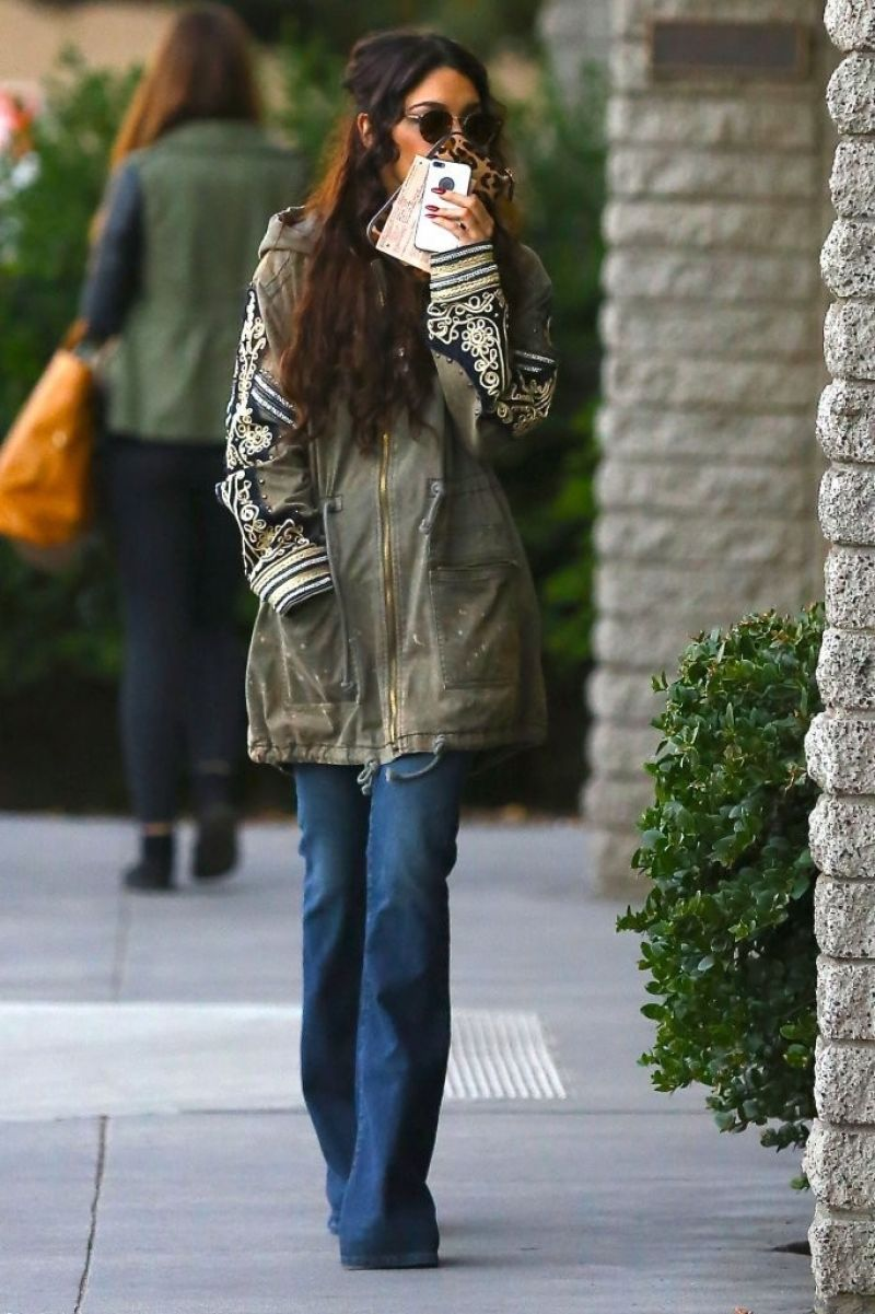 Vanessa Hudgens Street Style Out In Studio City December 2013