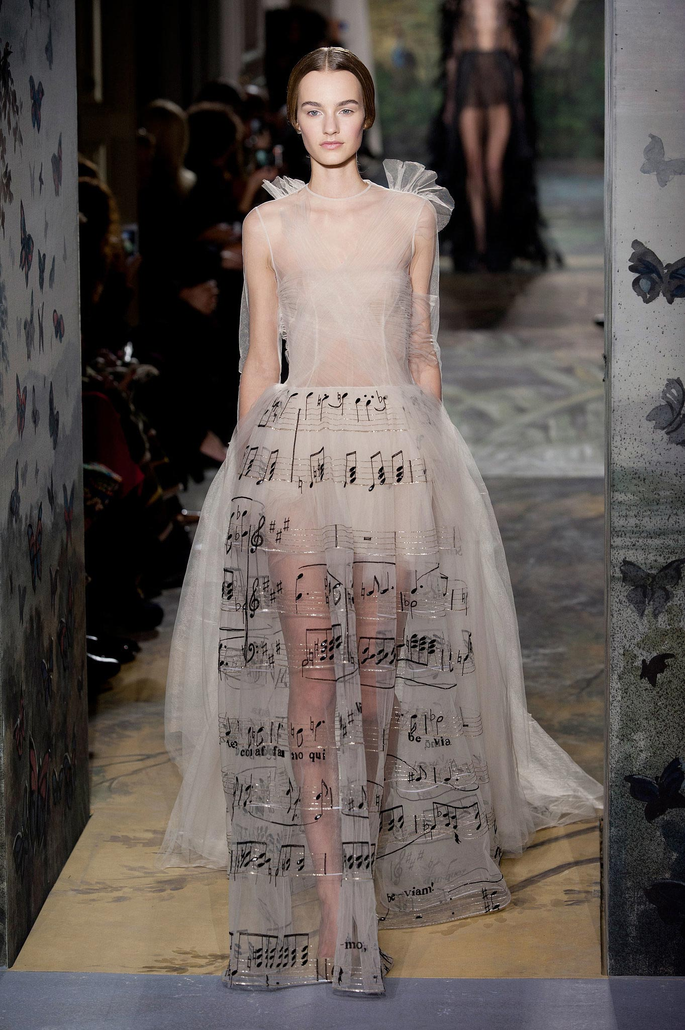 Valentino haute couture spring summer 2014 full show for Haute couture list