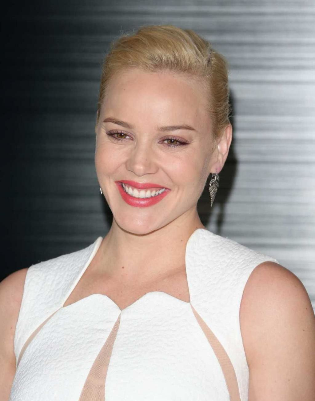 Abbie Cornish - ROBOCOP Movie Photo Call - Los Angeles, January 2014