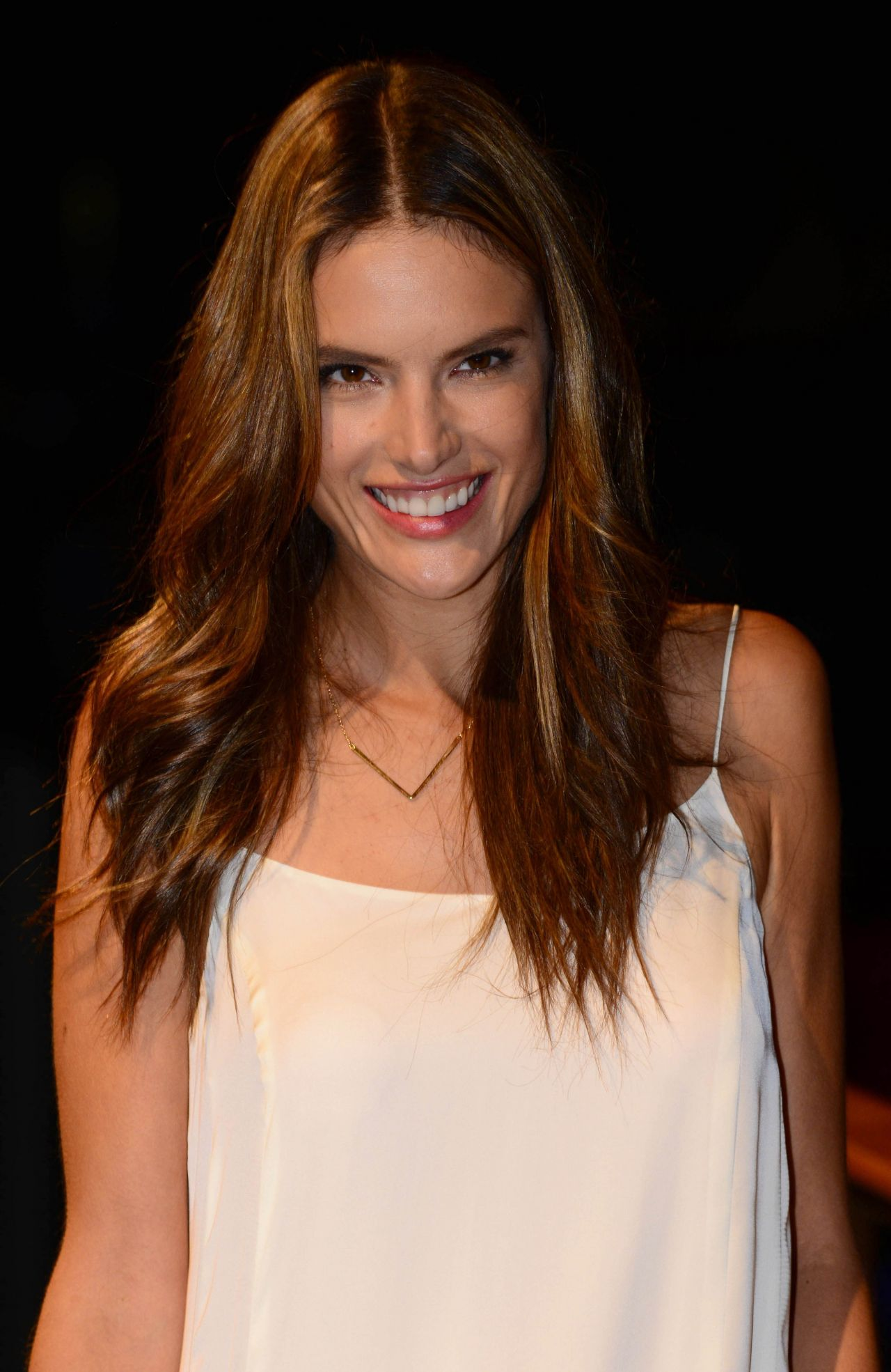 Alessandra Ambrosio - Mango 080 Fashion Show in Barcelona, January 2014